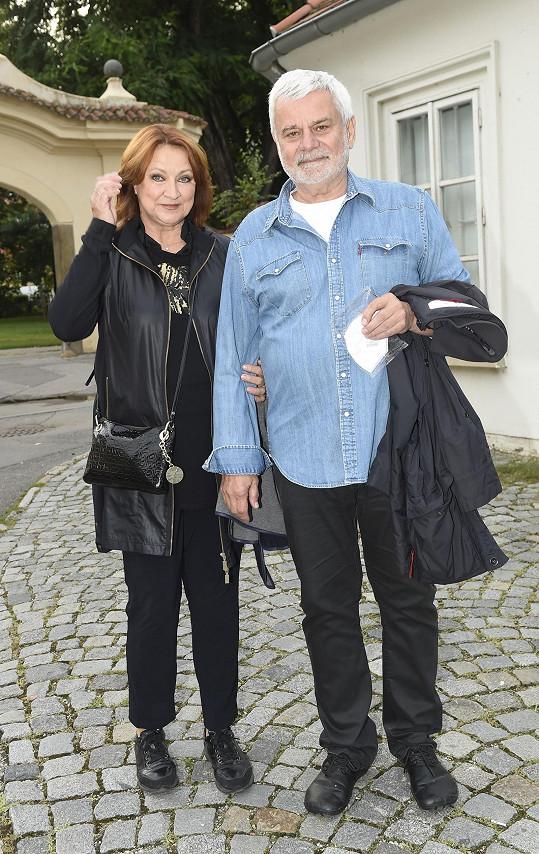 Zlata Adamovská s Petrem Štěpánkem po dlouhé době vyrazili do společnosti.