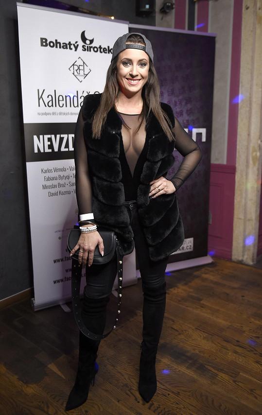 Veronika Farářová oblékla velmi sexy model.