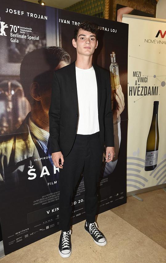 Anna přišla podpořit kamaráda Josefa Trojana na premiéru filmu Šarlatán.