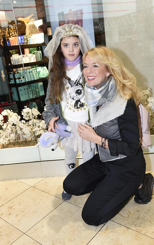 Lucka s nejmladší dcerou Larou