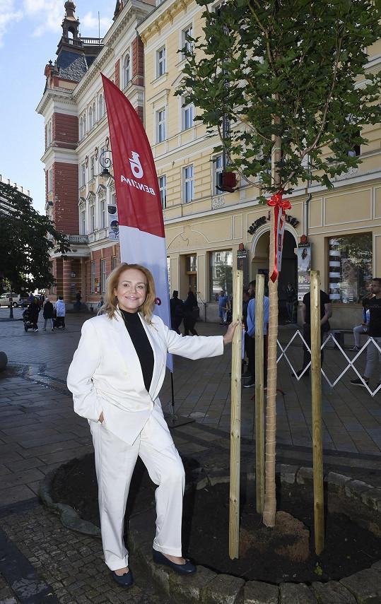 Dagmar Havlová dorazila do Karlových Varů ve čtvrtek.