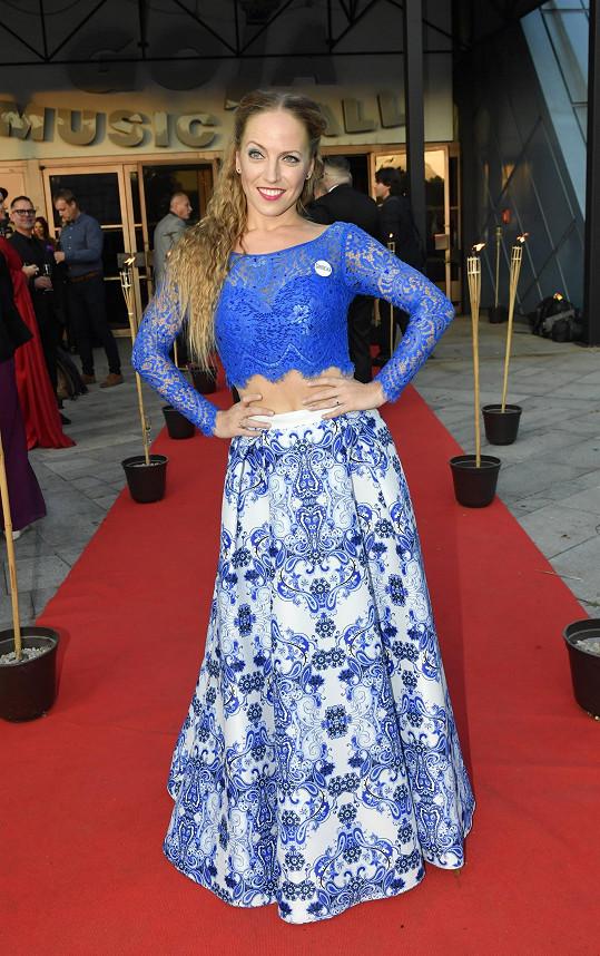 Markéta Pešková na premiéře muzikálu Čarodějka, kam přišla fandit své kolegyni, která slavnostní představení hrála.