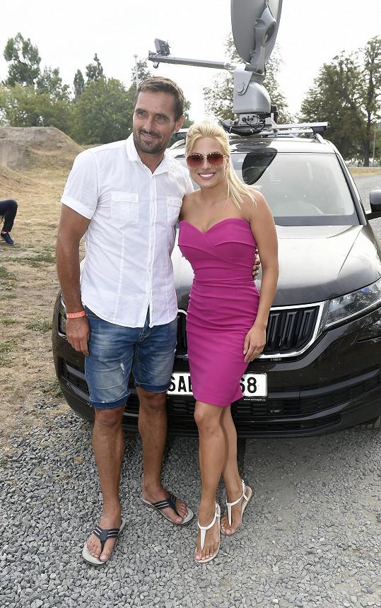 S kolegyní Evou Perkausovou