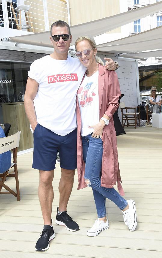 Zuzana s manželem Vlastou Hájkem prodávají byt.