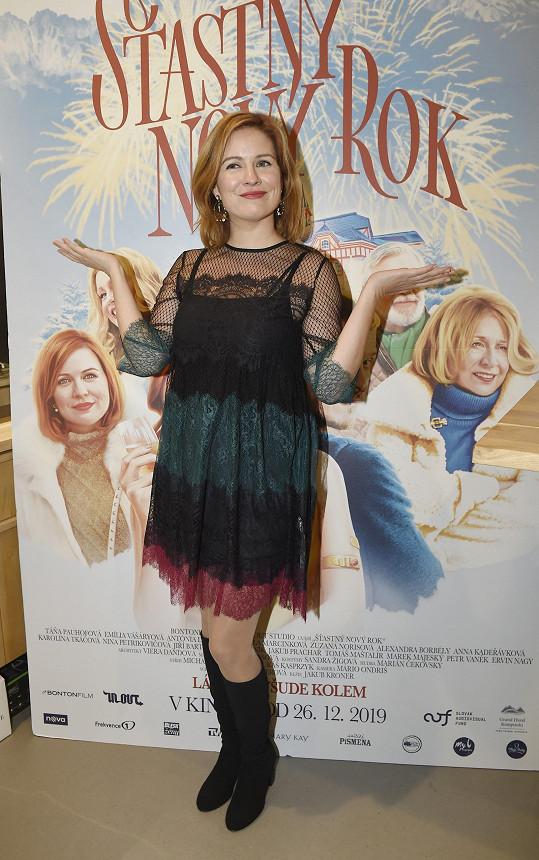 Norisová na premiéře nové romantické komedie