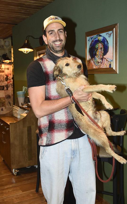 Herce Petra Vaňka i jeho psa uvidíte v komedii Přání Ježíškovi.