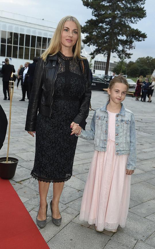 Karla Mráčková s dcerou Karlou