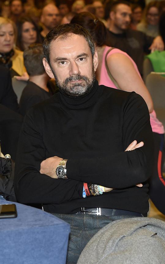 Emanuele Ridi je se středně těžkým průběhem covidu hospitalizovaný.