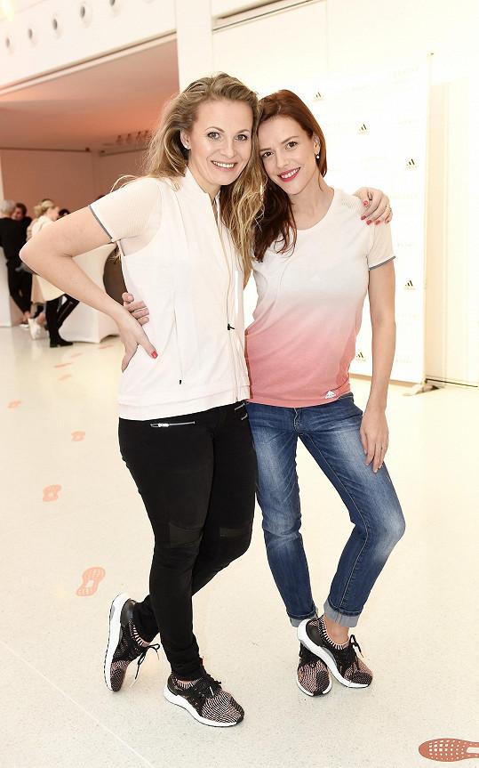 Michaela Badinková a Andrea Růžičková mají společné dvě věci, obě jsou herečky a obě milují běh.