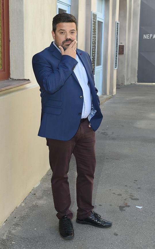 Filip Rajmont se pravidelně objevuje v seriálu Ulice.