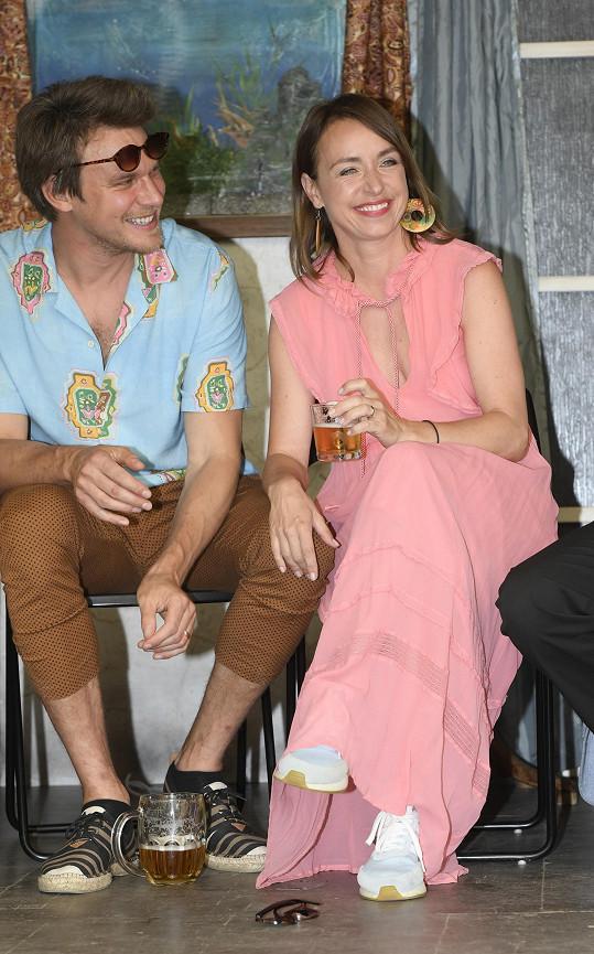 S manželkou Tatianou Dykovou má herec syna Aloise (8). Herečka má z předchozího manželství ještě syny Frantu (16) a Cyrila (13).