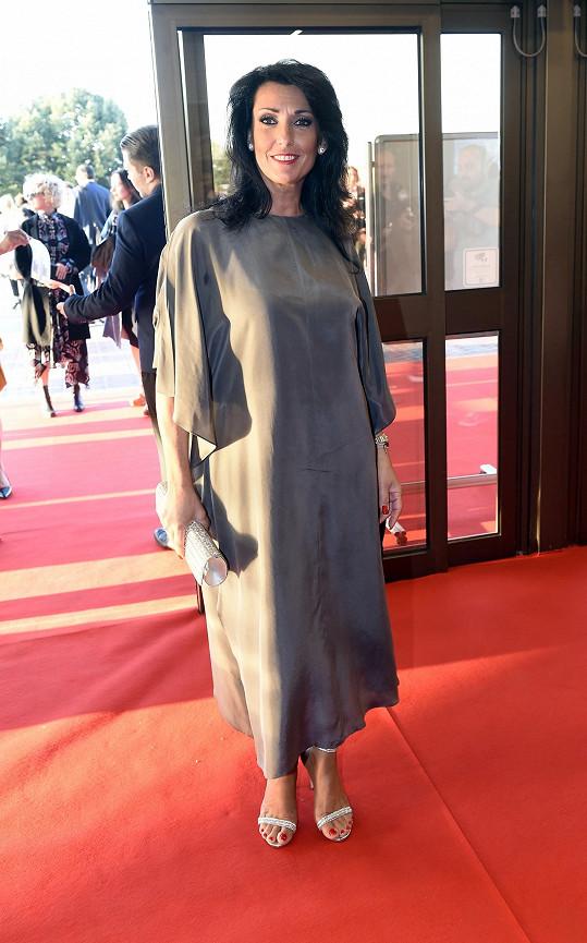 Mezi prvními přišla i herečka Eva Čížkovská