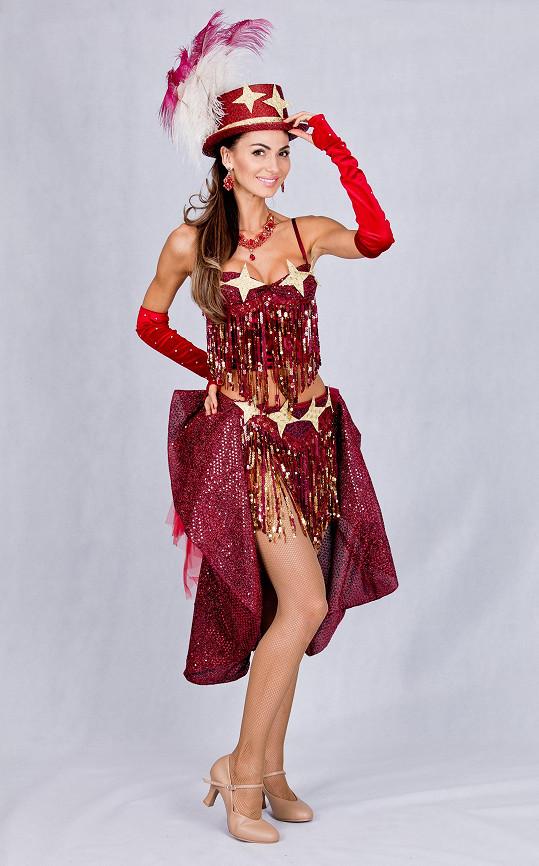 Eliška vypadá v kostýmu skvěle.