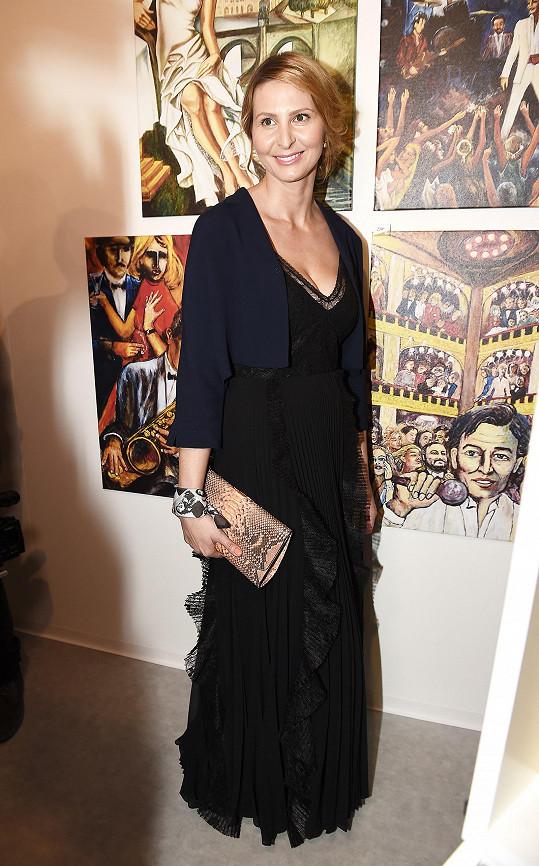 Ivana oblékla luxusní šaty Marella, psaníčko a živůtek