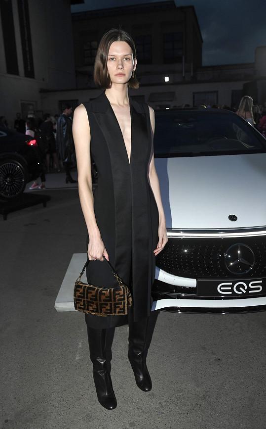 Daniela Kociánová na Mercedes-Benz Prague Fashion Week