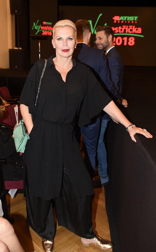 Kateřina Kornová si oblíbila over size.