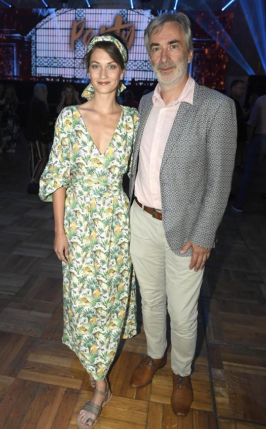 Vacek a Veronika Čermák Macková spolu hrají v seriálu Ulice, spojuje je také zájem o ekologii.