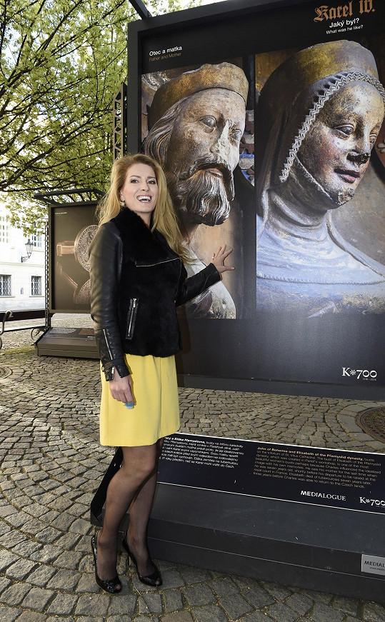 Olga zahajovala výstavu o Karlu IV.