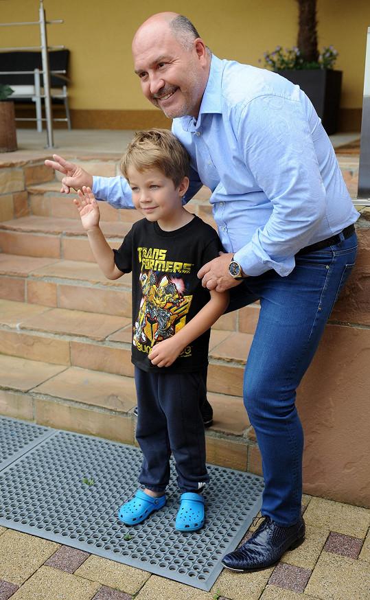 Michal David s vnukem Sebíkem
