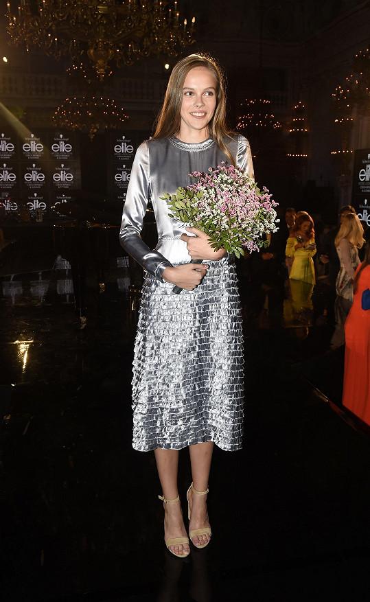 Marie Sýkorová v dotazníku uvedla, že jejím největším fanouškem je maminka. Právě ta ji do soutěže přihlásila.
