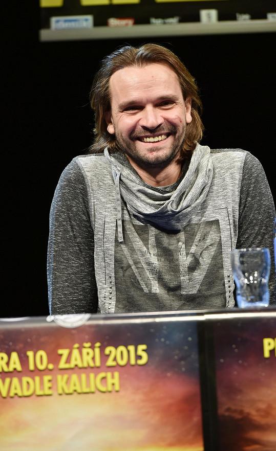 Barbora chodí s režisérem Jánem Ďurovčíkem.
