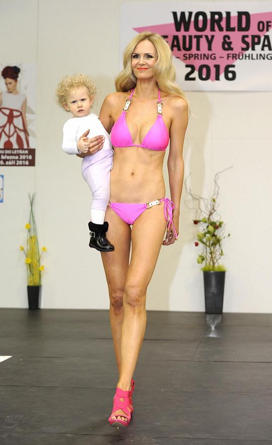 Lucie s mladší dcerou Vanessou