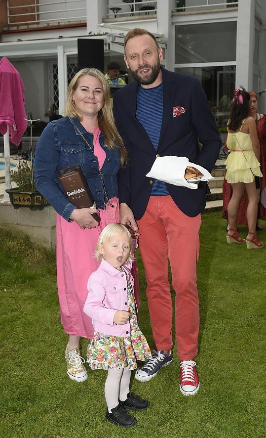 Nebo Miloš Knor s rodinou
