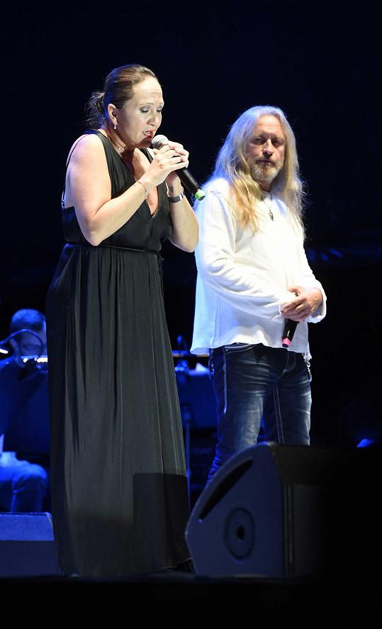 Hudební část filmového festivalu zahájila koncertní verze muzikálu Jesus Christ Superstar v původním podání. Kamil Střihavka jako Ježíš, Bára Basiková jako Máří Magdaléna