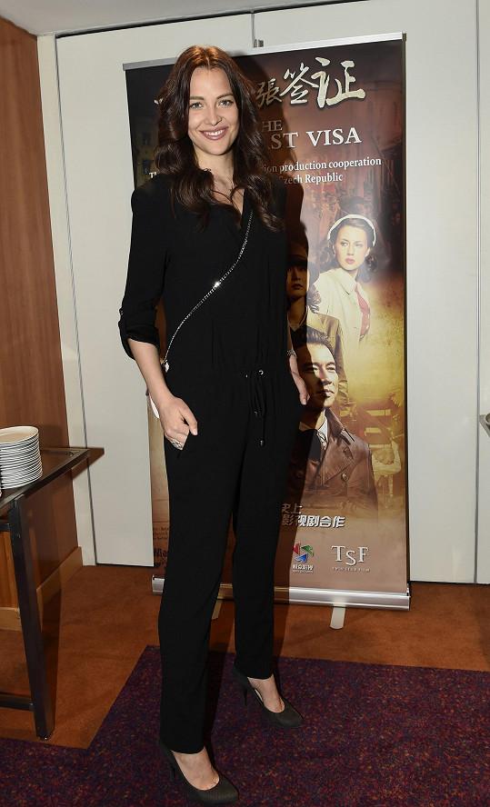 Kateřina Sokolová se těší ze své první role.