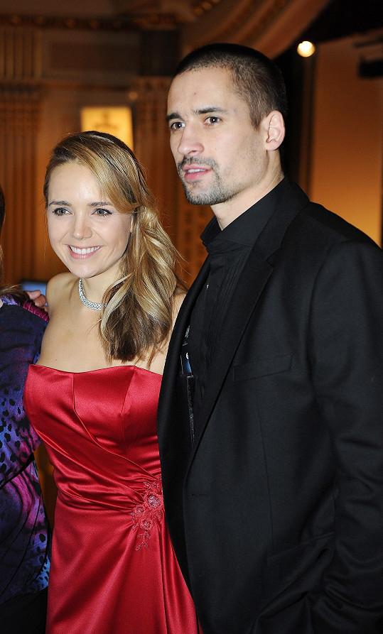 Stále se rozvádí s Tomášem Plekancem.