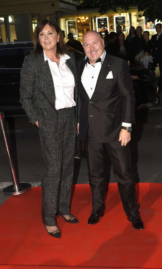 Hitmaker Michal David s manželkou Marcelou