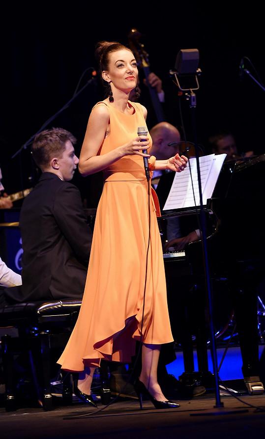 Dasha zazářila s písní Slunečnice.