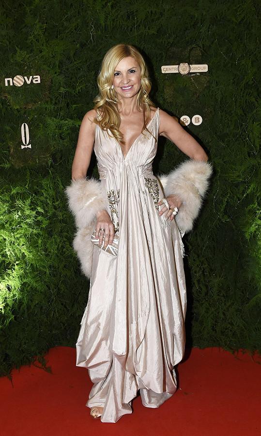 Tamara Kotvalová v róbě Dior