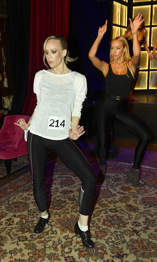 Jana Fabiánová a Kate Matl během dalšího castingového kola.