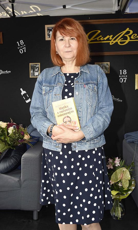 Uljana Donátová pokřtila svoji třetí knihu Matka s ručením omezeným.