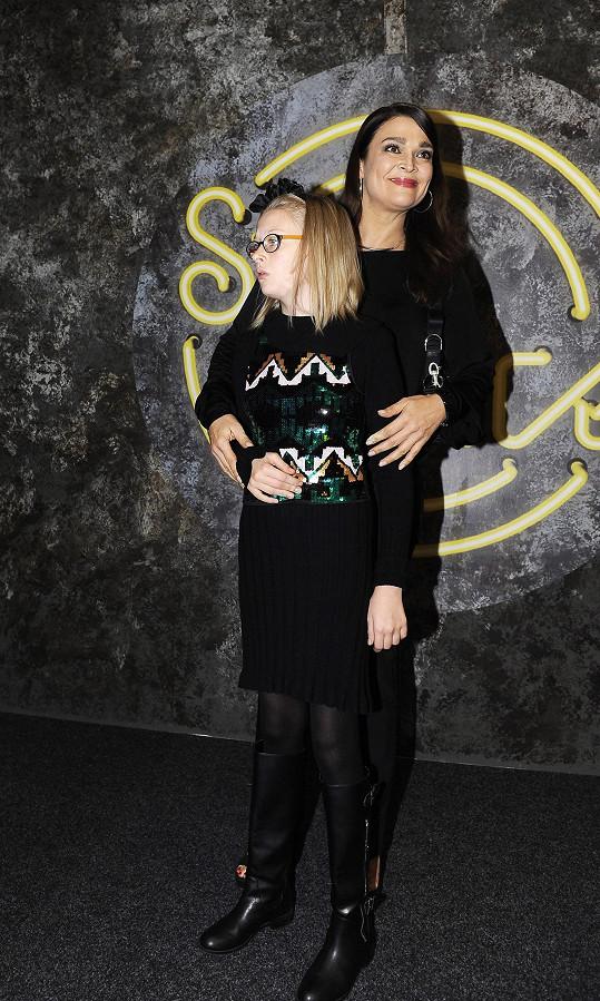 Jedním z hostů čtvrtého kola StarDance byla Mahulena Bočanová, která na Barrandov dorazila s dcerou Márinkou.