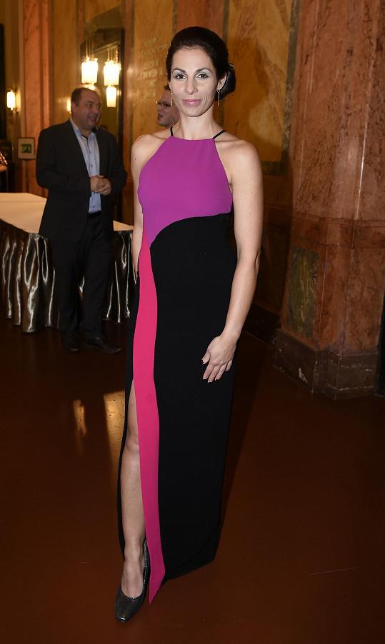Kateřina Baďurová vypadá pořád skvěle.