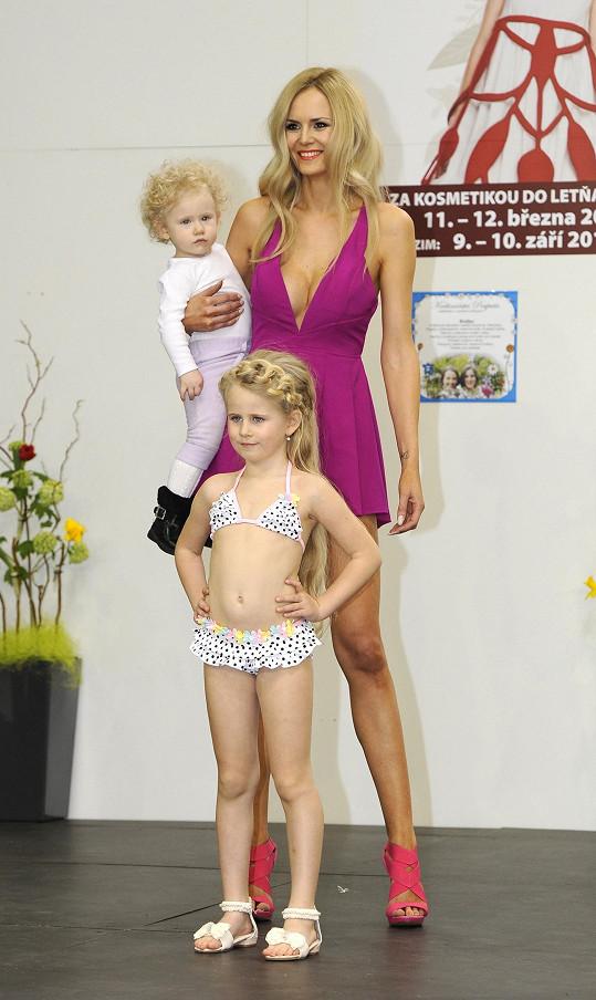 Lucka s oběma dcerami
