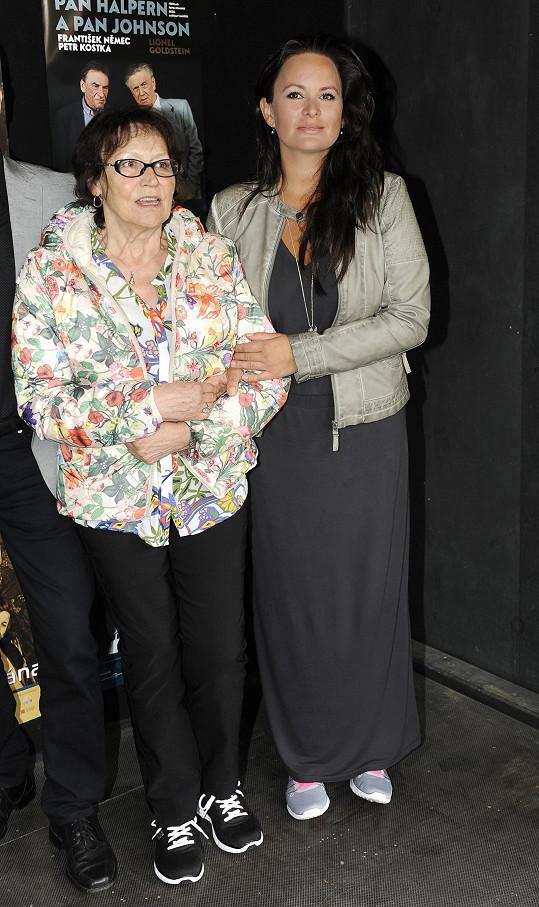 Jitka Čvančarová s Martou Kubišovou.