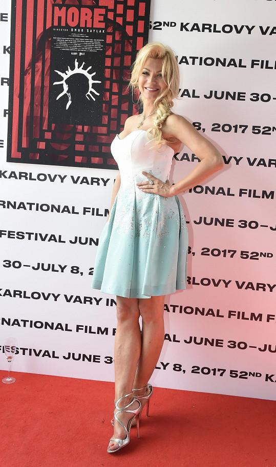 S vítězným plakátem pózovala Natali Ruden.