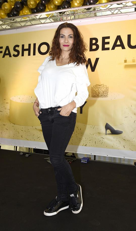 Eva Decastelo zhubla a vypadá skvěle.