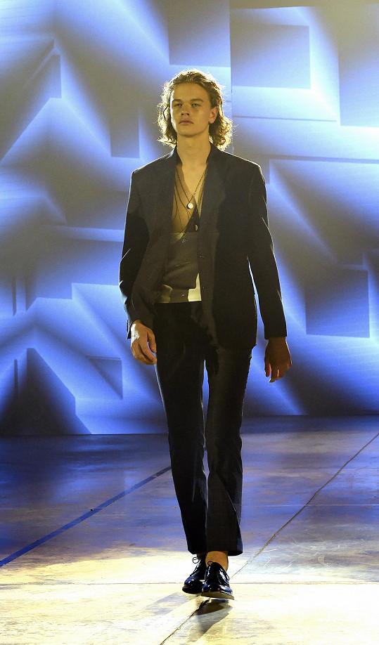 Oliver Průcha je vítězem modelingové soutěže Pure model.