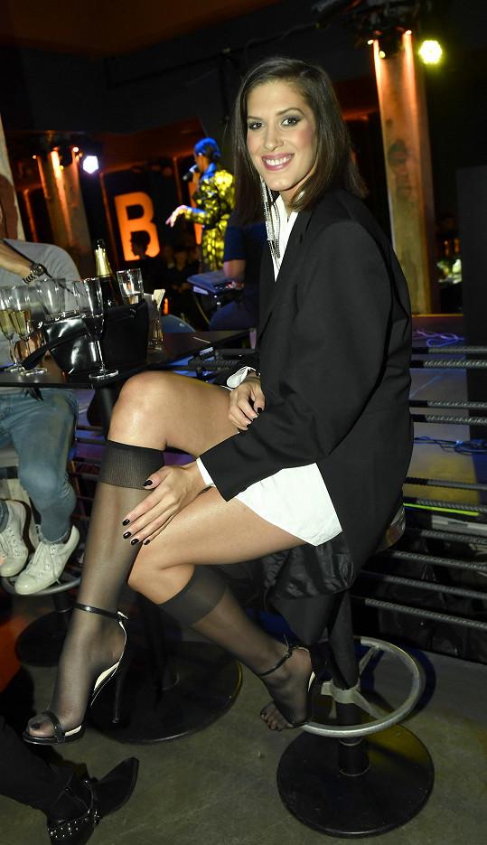 Model inspirovaný pánským stylem od Michaela Kováčika nepostrádal ženské prvky.