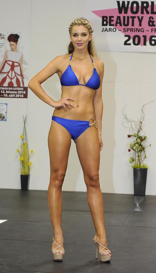 Gabriela Franková na modní show plavek