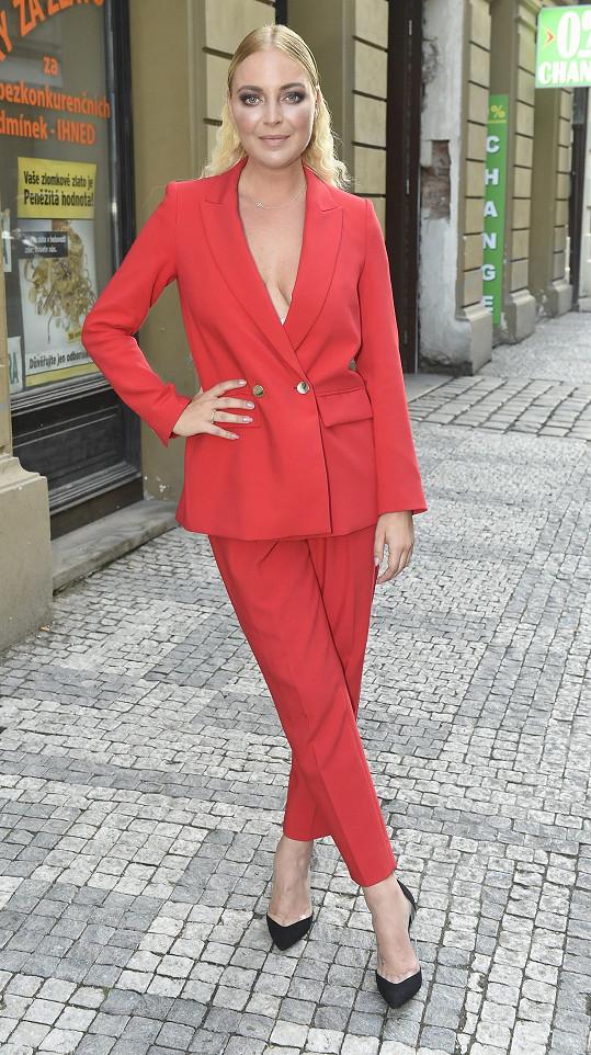 Markéta Konvičková musela ujistit fanoušky, že se v požehnaném stavu šetří.
