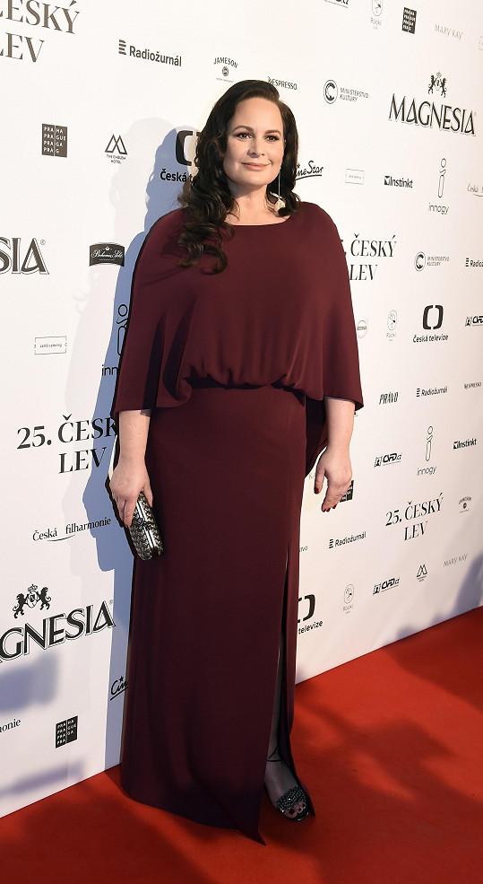Také Jitka Čvančarová oblékla šaty značky Tatiana.