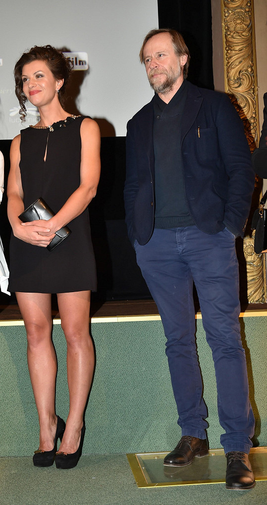 Máša Málková s Karlem Rodenem, který hraje Jana Saudka.