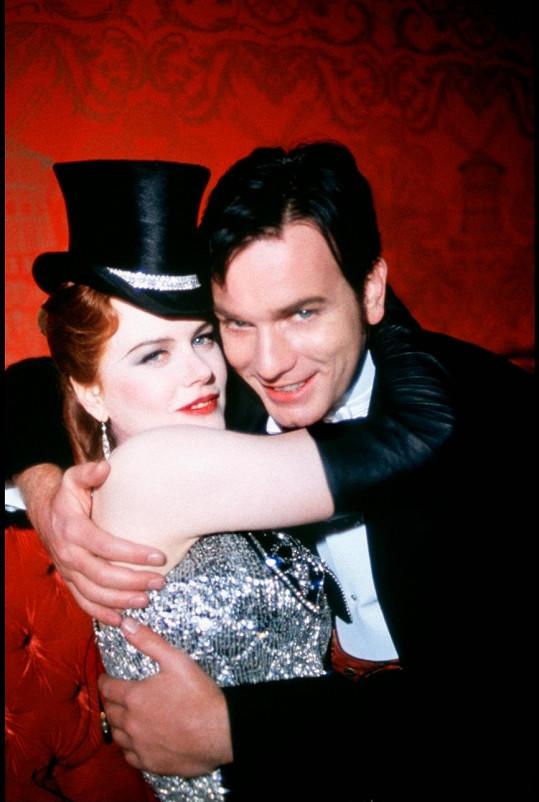 V muzikálu Moulin Rouge DiCapria nahradil Ewan McGregor.