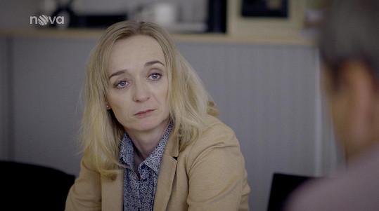 Její matku ztvárnila Klára Oltová.