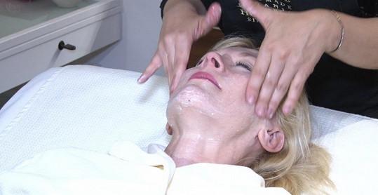 Batulková prý nebyla na kosmetickém ošetření pěkných pár let.